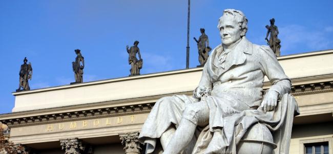 Reinhold Begas: Alexander von Humboldt, 1883, Marmor. (c) Foto: Heike Zappe